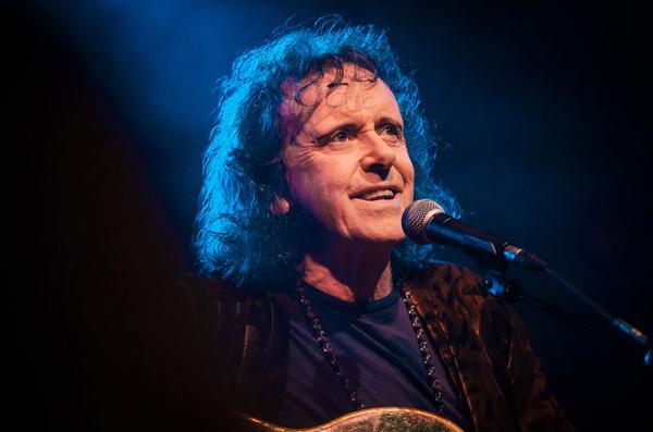 Donovan in concert.  © Stefan Hoederath/Redferns
