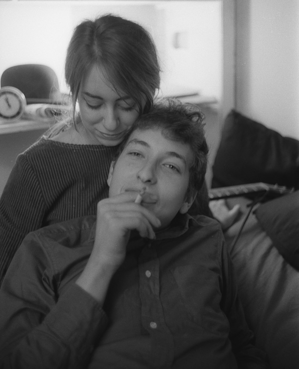 Bob Dylan and Suze Rotolo in their New York City apartment, 161 W 4th St.